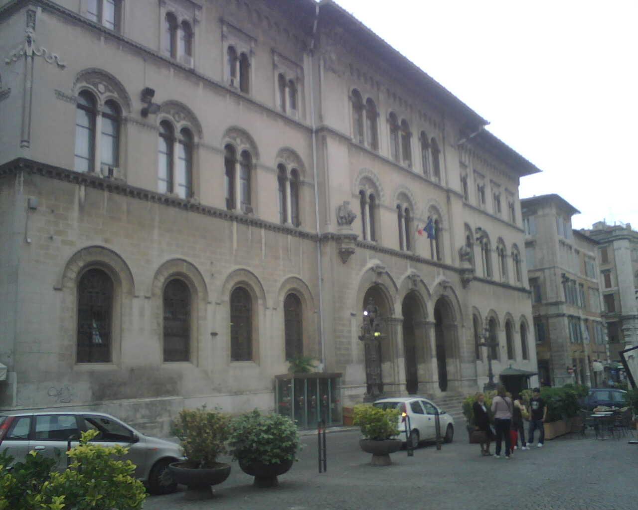 <h0>Europa Gestioni Immobiliari</h0><br/> Rifacimento facciate e affreschi <br /> Perugia centro
