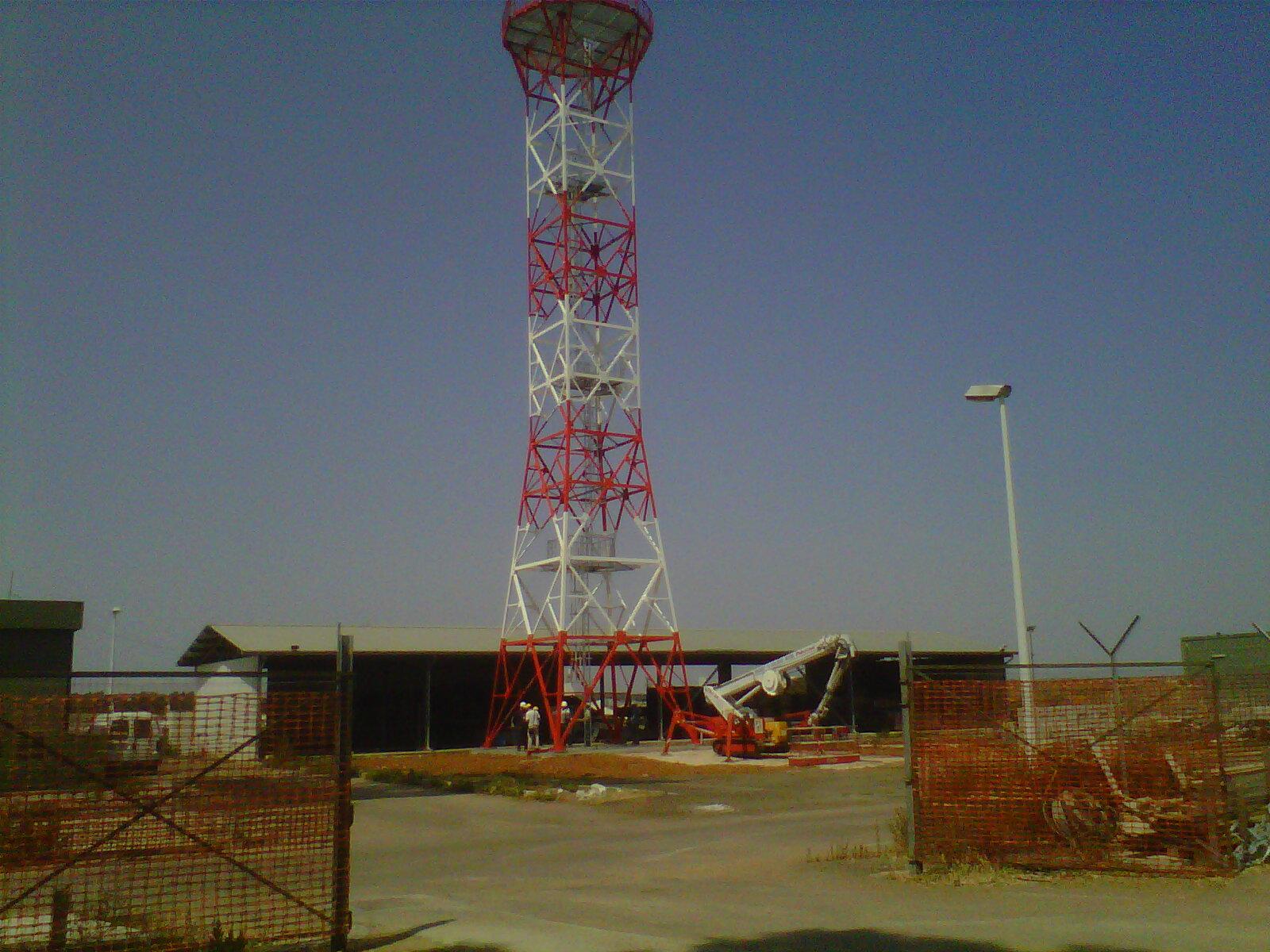 <h0> Ministero della Difesa </h0><br/>Torre radar <br/> Aeroporto di Galatina